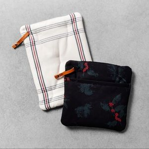 Hearth And Hand Magnolia Potholders 2 pack NEW
